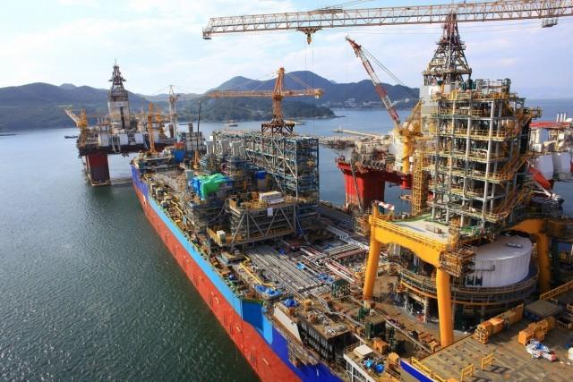 Ο μαύρος χρυσός πυλώνας οικονομικής ανάπτυξης για την Total