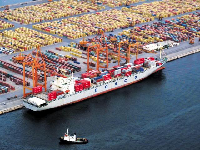 Επιδόσεις-ρεκόρ στη διακίνηση containers στον Πειραιά