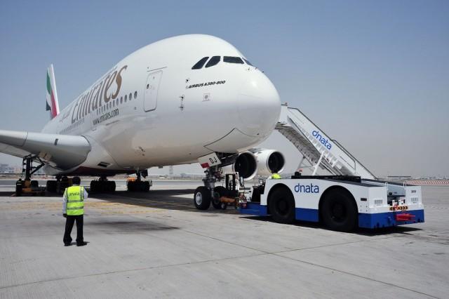 Αυξημένα εσόδα για την Emirates παρά τις προκλήσεις στην αεροπορική βιομηχανία
