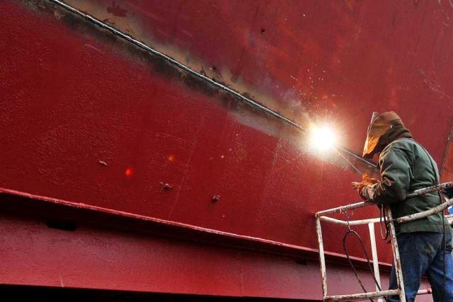 Aντεπίθεση από τα ρωσικά ναυπηγεία Zvezda