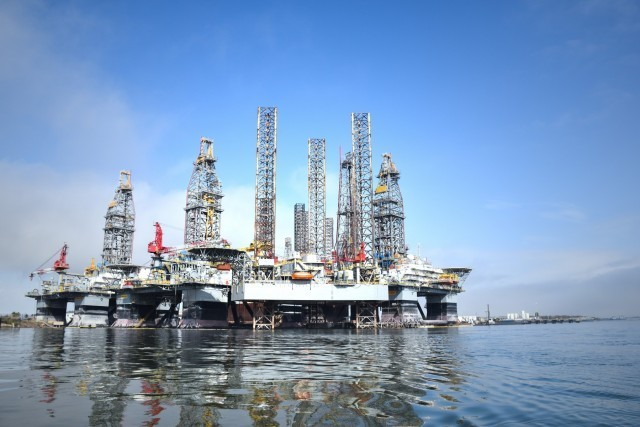 Προς περικοπές παραγωγής πετρελαίου ενόψει συνάντησης OPEC