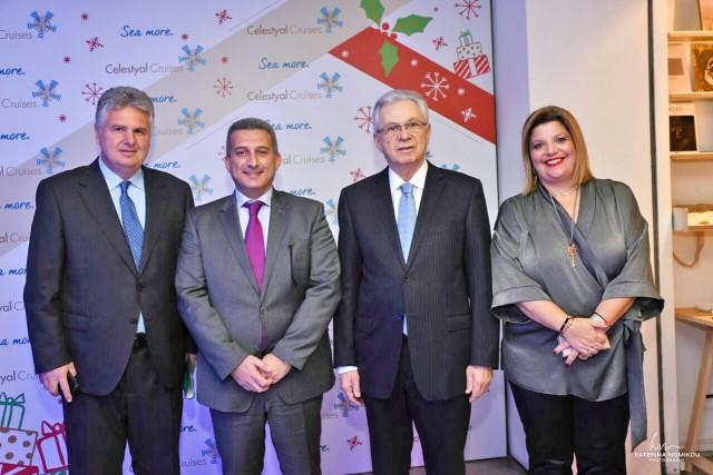 (Α-Δ): Ο καπ. Γιώργος Κουμπενάς, Διευθυντής Επιχειρησιακών Λειτουργιών, ο κ.  Κρις  Θεοφιλίδης, Διευθύνων Σύμβουλος της Celestyal Cruises, ο κ. Κωστάκης Λοΐζου, Εκτελεστικός Πρόεδρος του Ομίλου Louis και η κα Φρόσω Ζαρουλέα, Διευθύντρια Δημοσίων Σχέσεων της Celestyal Cruises.