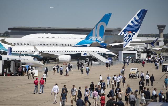 Θετικές αλλά συγκρατημένες προσδοκίες για την παγκόσμια αεροπορική αγορά