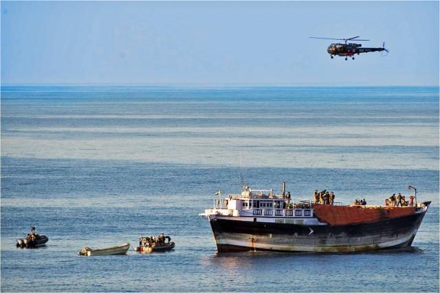Παρατείνεται η παραμονή των ναυτικών δυνάμεων της Ε.Ε. στην Σομαλία