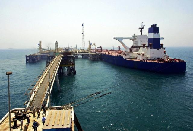 Σε χαμηλά πενταετίας οι εισαγωγές ιρανικού πετρελαίου στην Ασία