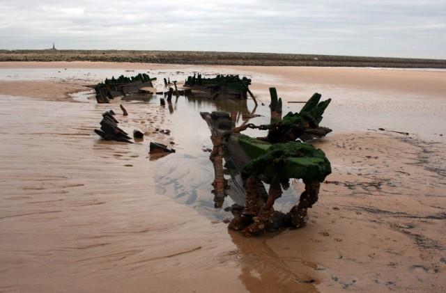 Ναυάγιο αναδύθηκε σε ακτή της Ουαλίας 120 χρονιά μετά τη βύθισή του