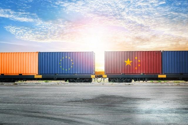 «Στροφή» στον σιδηρόδρομο για διακίνηση containers