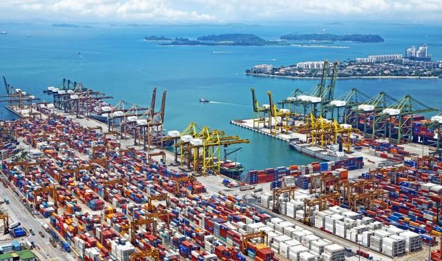 Ενισχύει την παρουσία της στην Σιγκαπούρη η COSCO Shipping Ports