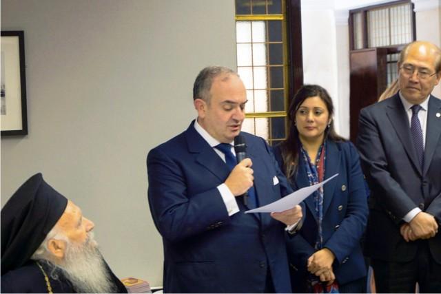 Ο πρόεδρος του Committee Χαράλαμπος Ι. Φαφαλιός κατά την ομιλία του προκάλεσε την προσοχή της υπουργού Ναυτιλίας της Βρετανίας, του γ.γ. του IMO και του αρχιεπισκόπου Θυατείρων και Μ. Βρετανίας.