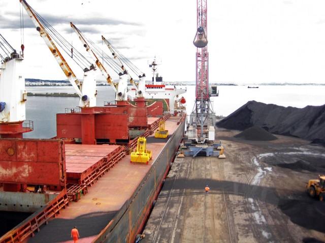 Αύξηση 3,7% για τις διά θαλάσσης εμπορευματικές ροές άνθρακα το 2018