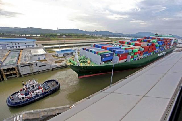 Νέο μέγιστο όριο βυθίσματος για τα πλοία στην Διώρυγα του Παναμά