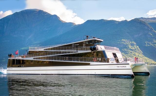 The Fjords: αναβολή στην παραλαβή νέου ηλεκτρικού καταμαράν