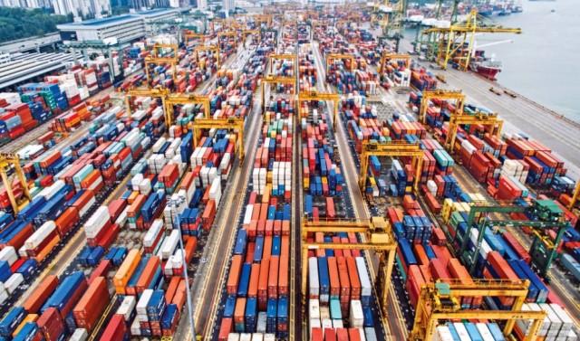 Κερδίζουν έδαφος οι κινεζικές εξαγωγές σε εμπορευματοκιβώτια