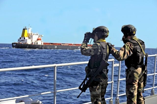 Μειωμένα τα περιστατικά επιθέσεων σε πλοία στην Ασία