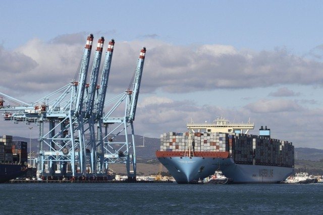 Σε σημαντικές ανακατατάξεις προχωρά η Maersk