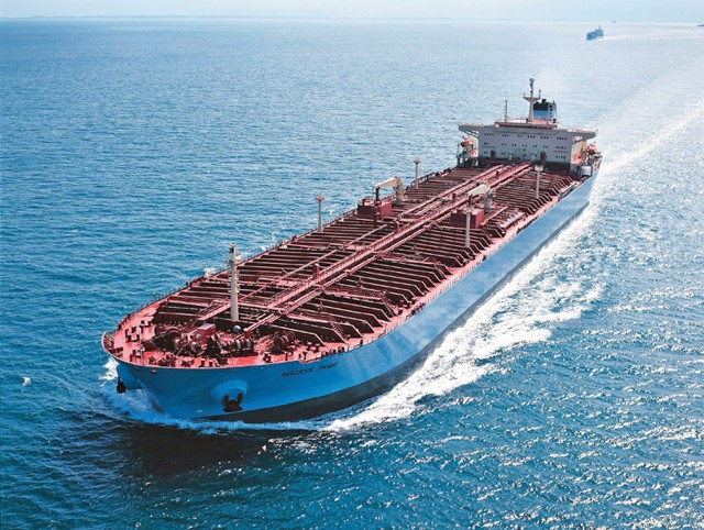 Maersk: λύση τα scrubbers στα μεγάλα product tankers