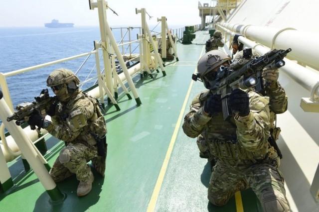 Αναγκαία η επαγρύπνηση παρά τις μειωμένες επιθέσεις σε πλοία στον Ινδικό