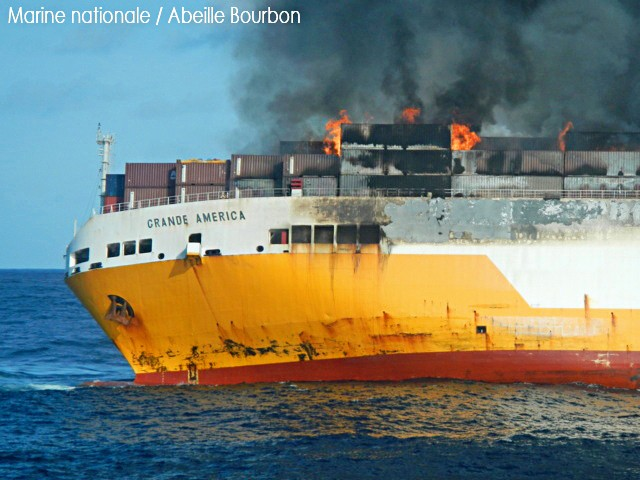 Italian vessel sank off the French coast