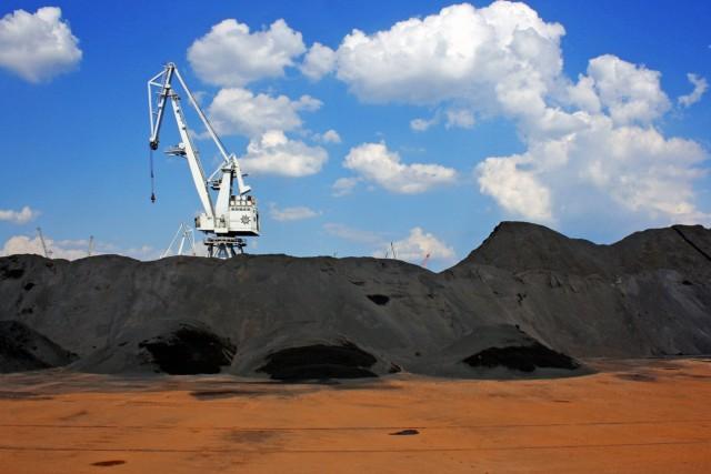 Κίνα: Πτώση κατά 42% στις εισαγωγές άνθρακα