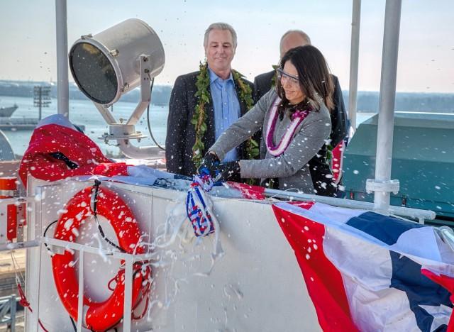 Τελετή ονοματοδοσίας για το μεγαλύτερο containership αμερικανικής ναυπήγησης