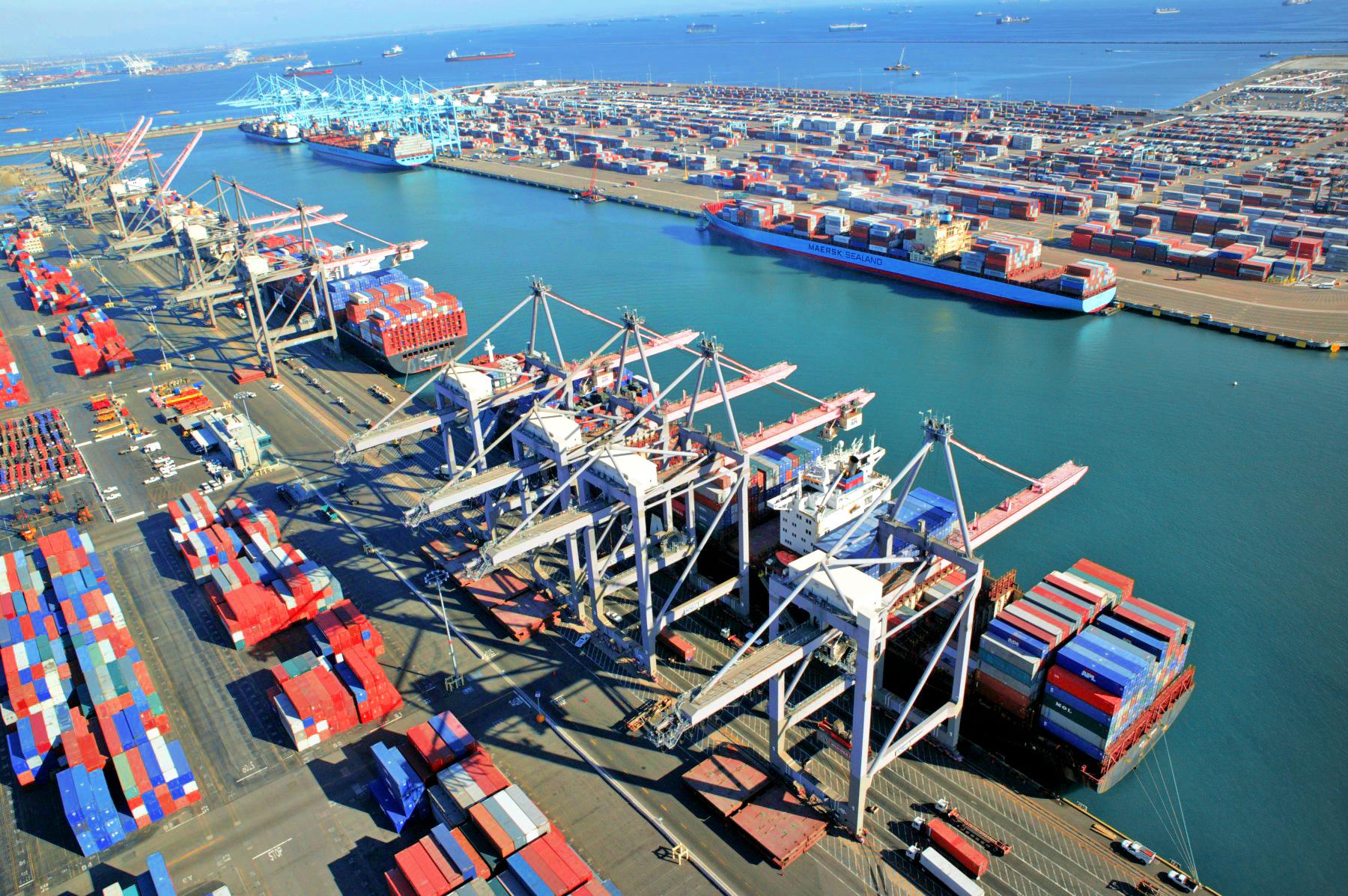 картинки торговых портов ховер эффекте добился
