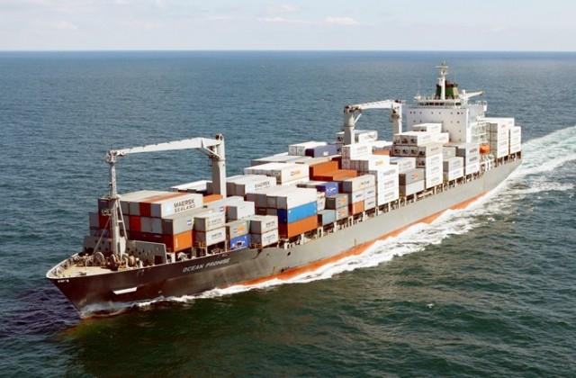 Ακυβέρνητο containership ανοιχτά της Άνδρου