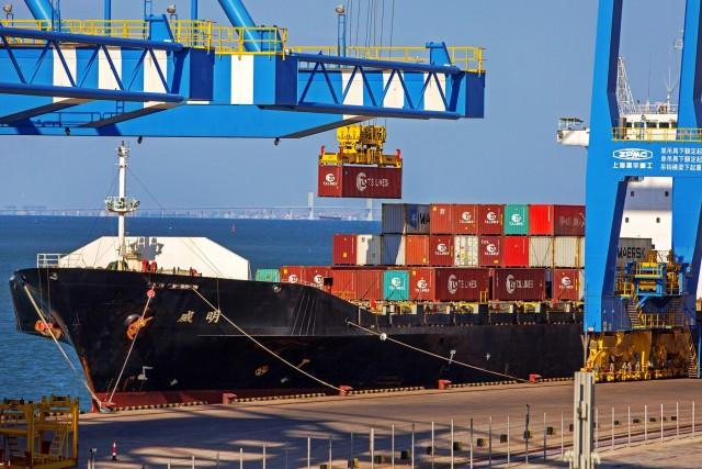 Σε πτώση οι κινεζικές εξαγωγές σε containers