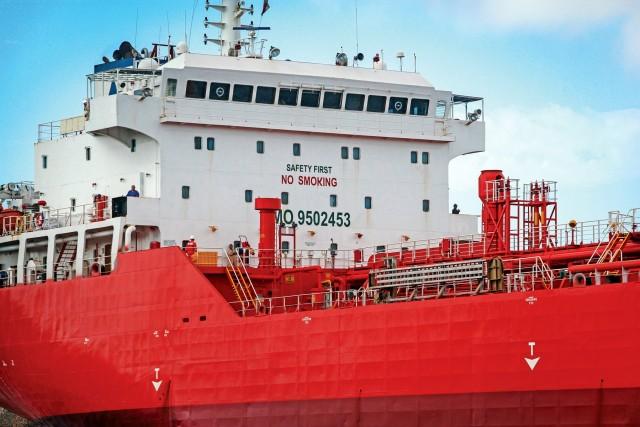 Ινδία: Οι αμερικανικές κυρώσεις περιορίζουν τις εισαγωγές ιρανικού πετρελαίου