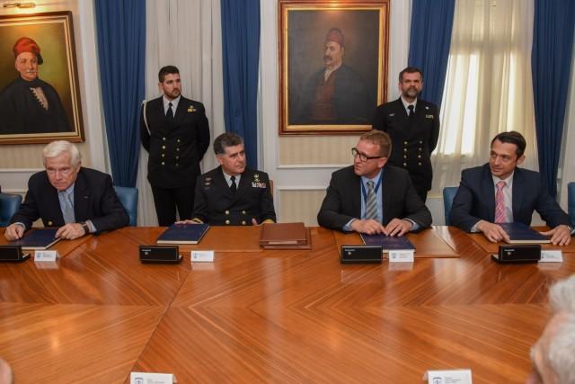 Π. Λασκαρίδης: μία ακόμα δωρεά προς το Πολεμικό Ναυτικό