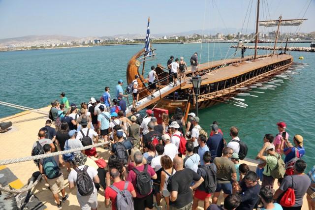 «Ημέρες Θάλασσας» στον Πειραιά: Ξεναγήσεις στην τριήρη «Ολυμπιάς»