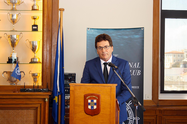 Ο καπτ. Δημήτρης Ματθαίου, Κυβερνήτης του Propeller Club- Port of Piraeus, Πρόεδρος του Green Award Foundation και CEO της Arcadia Shipmanagement