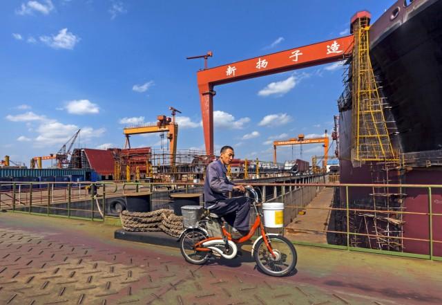 Κατακόρυφη πτώση στις παραγγελίες πλοίων για τα κινεζικά ναυπηγεία