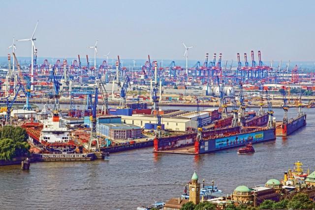 Αναπτυξιακή ρότα χαράσσει το λιμάνι του Αμβούργου