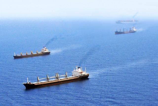 Ποιές ναυτιλιακές εταιρείες υποστηρίζουν το Slow Steaming