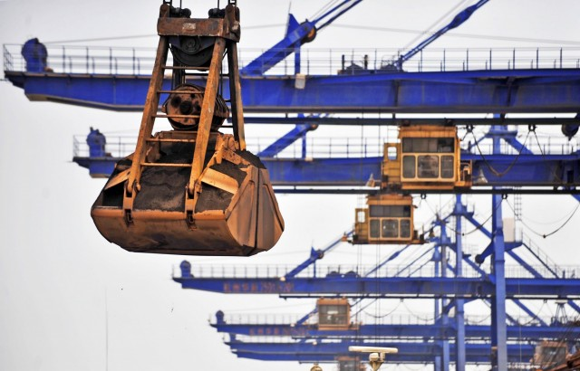 Κραταιά η μεταλλευτική βιομηχανία εν μέσω προκλήσεων