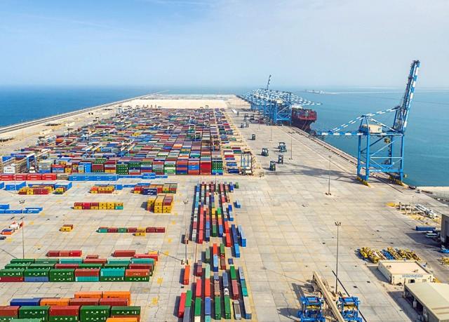 Γιατί τα Εμιράτα εξελίσσονται σε port states;