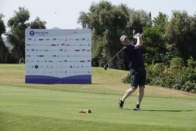 Ούριος άνεμος στο 5ο τουρνουά γκολφ της ναυτιλιακής κοινότητας