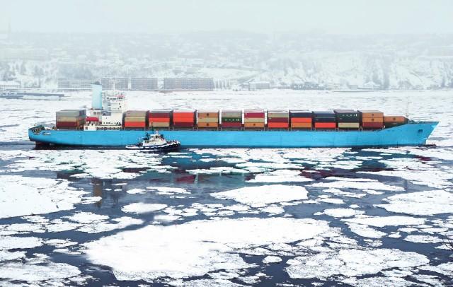 Με το βλέμμα στην Αρκτική η Maersk