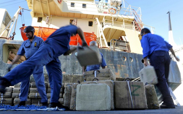 Φορτίο-μαμούθ κοκαΐνης εντοπίστηκε σε πλοίο