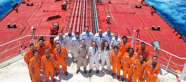 Χρόνια πολλά στους απανταχού ναυτικούς!