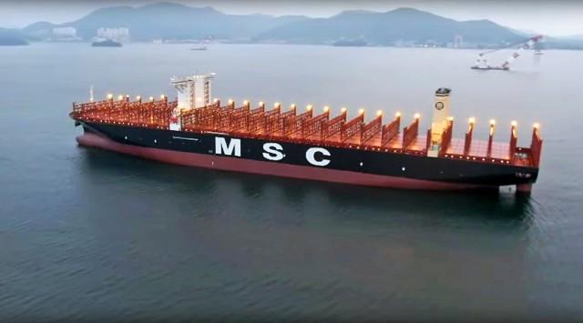 Επιπλέον παραγγελίες για mega containerships