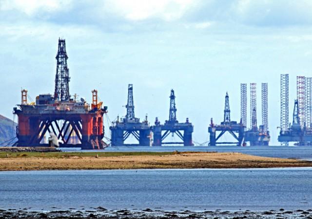 Υπερπροσφορά πετρελαίου ενόψει για την παγκόσμια πετρελαϊκή αγορά