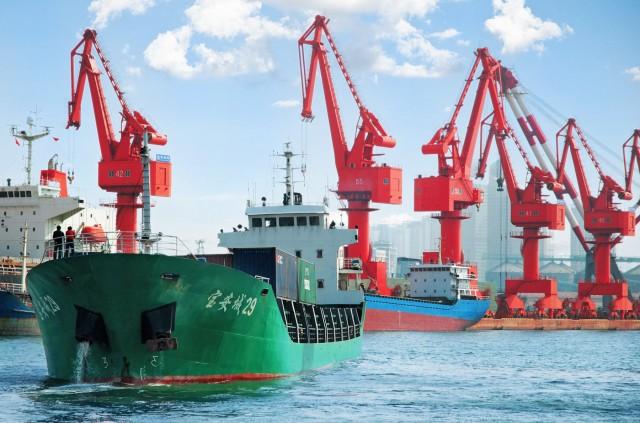Οι εμπορικοί πόλεμοι δεν πτοούν το Πεκίνο