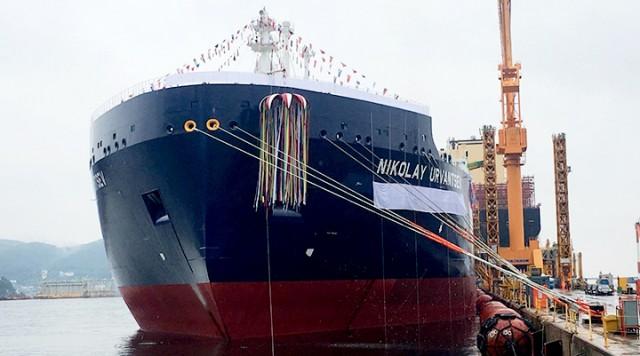 Νέες ναυπηγήσεις παγοθραυστικών LNG carriers