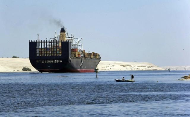 Διώρυγα Σουέζ: Νέο ρεκόρ διέλευσης πλοίων