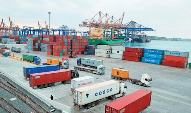 ΟΛΠ/ COSCO: επενδύσεις με τοπικές αντιδράσεις