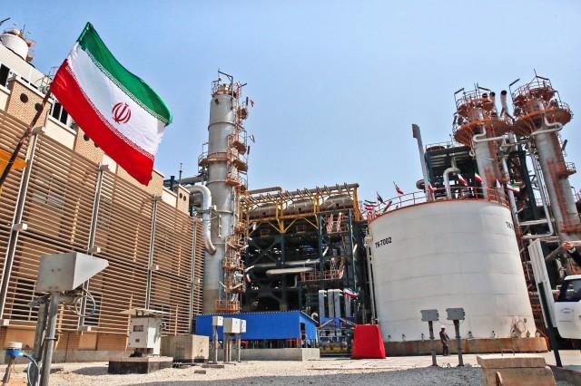 Ιράν: στόχος οι 100 εκατ. τόνοι πετρελαίου το 2021