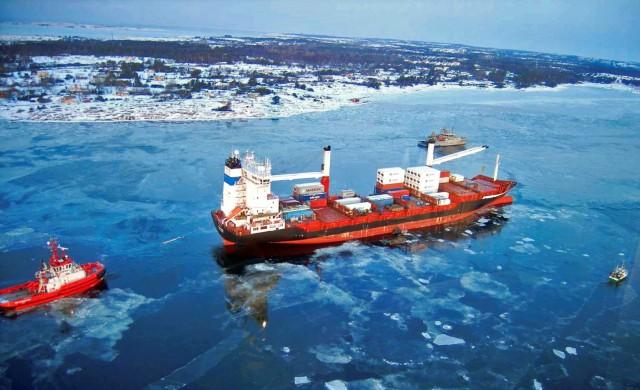 Βόρειο Πέρασμα: Σε πλήρη εμπορική λειτουργία το 2024