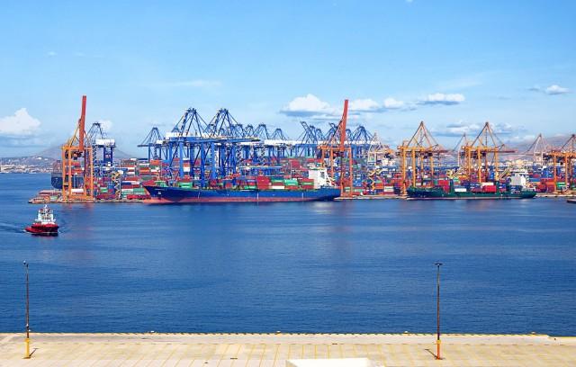 Πειραιάς- αύξηση διακίνησης κατά 23,8% στα TEUs