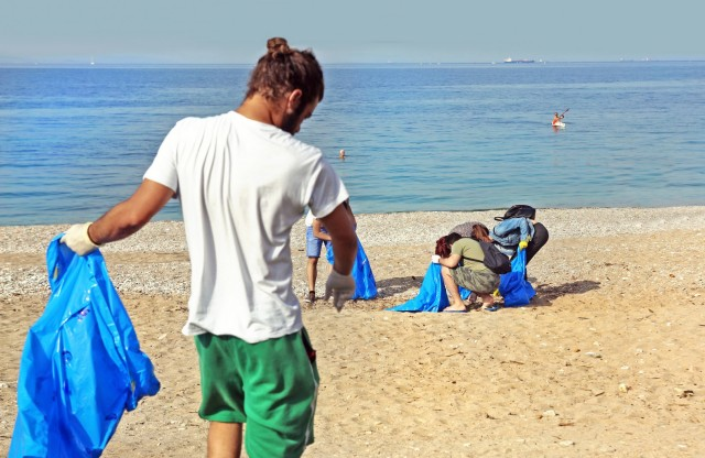 Πρωτοβουλία εθελοντικού καθαρισμού Τύμβου Σαλαμινομάχων